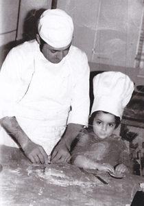 Eric Escobar avec son père Albert, pâtissiers de père en fils à Montélimar !